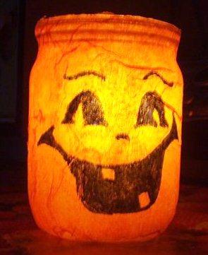 фонарь-банка на хеллоуин