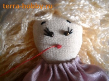 вышиваем рот кукле