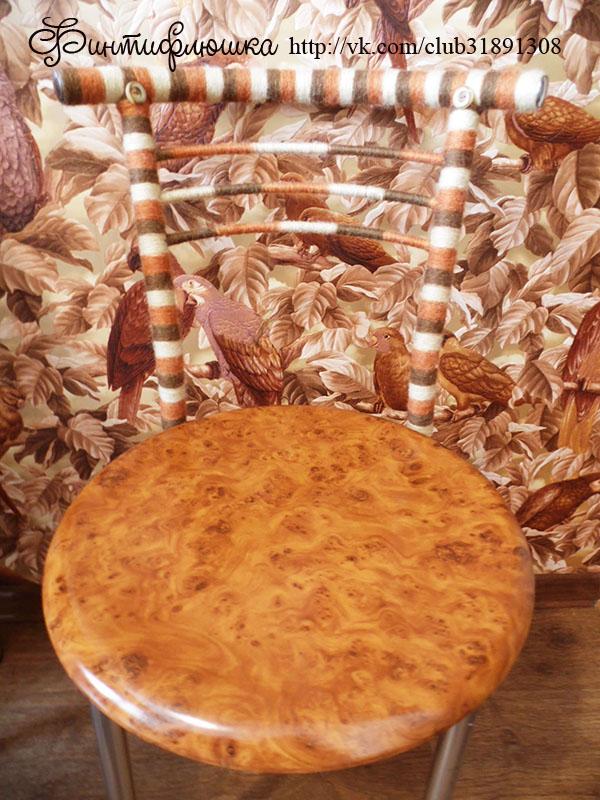 декорирование стула остатками ниток