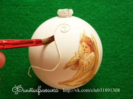 декорируем новогодний шарик