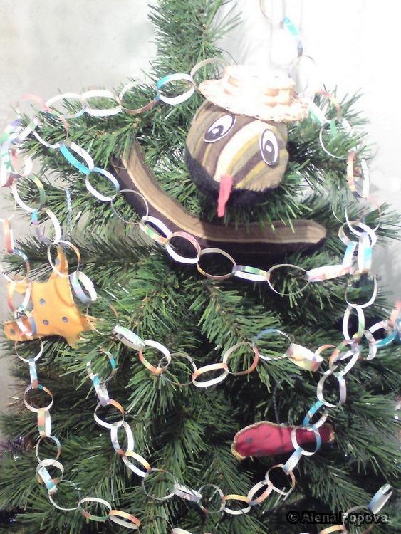 Сделанные своими руками украшения, новогодние гирлянды из бумаги своими руками, в семейном кругу, с привлечением...