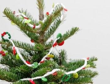 ТОП-10: Новогодние гирлянды своими руками не только из бумаги