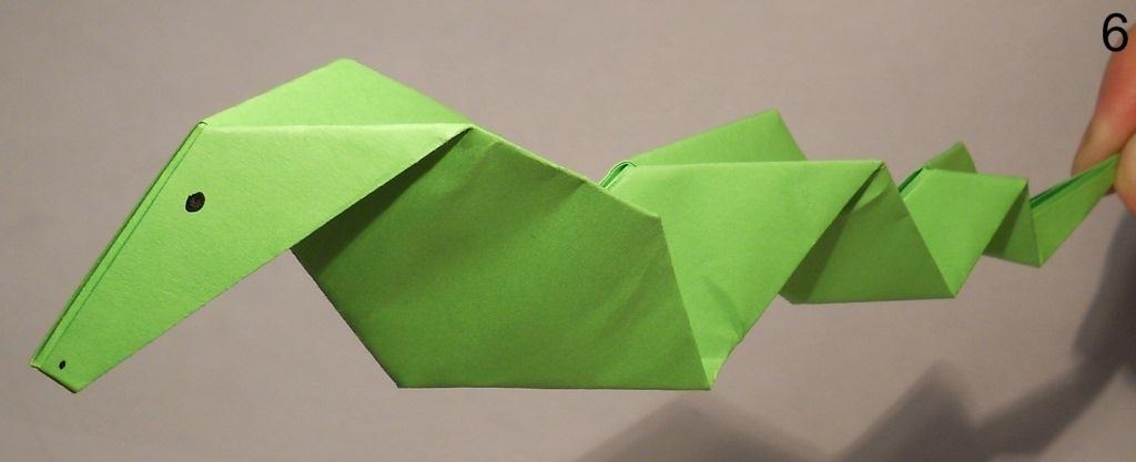 Змея из бумаги видео