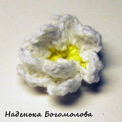 вязаные цветы подснежники