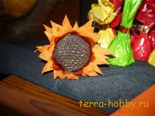 цветы из конфет своими руками