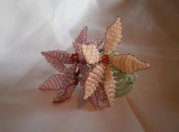 Миниатюра к статье Цветы из бисера для начинающих