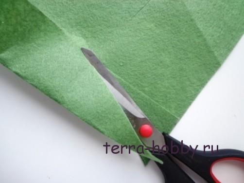 новогодняя открытка с елкой из фетра3