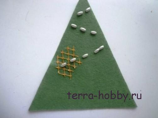 новогодняя открытка с елкой из фетра9
