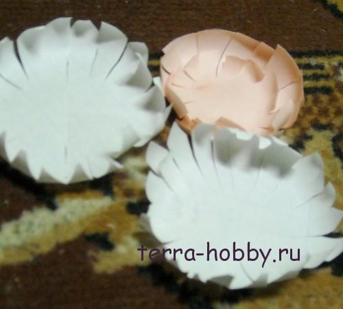 хризантема из бумаги3