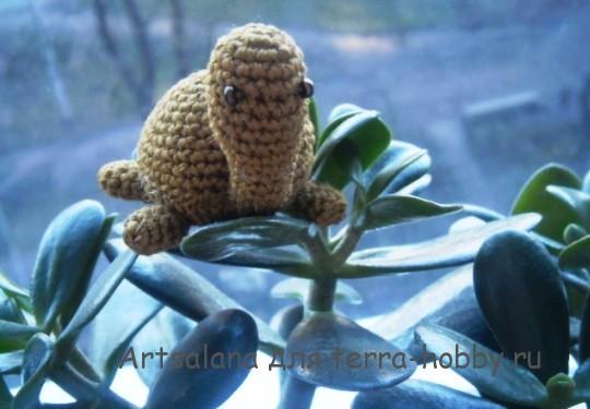 черепашка амигуруми