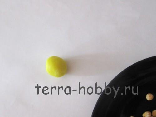 скатать шар из пластилина