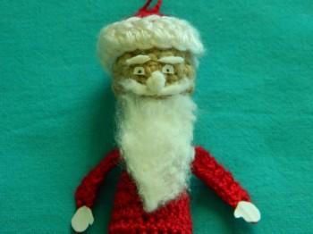 Миниатюра к статье Дед Мороз вязаный крючком своими руками