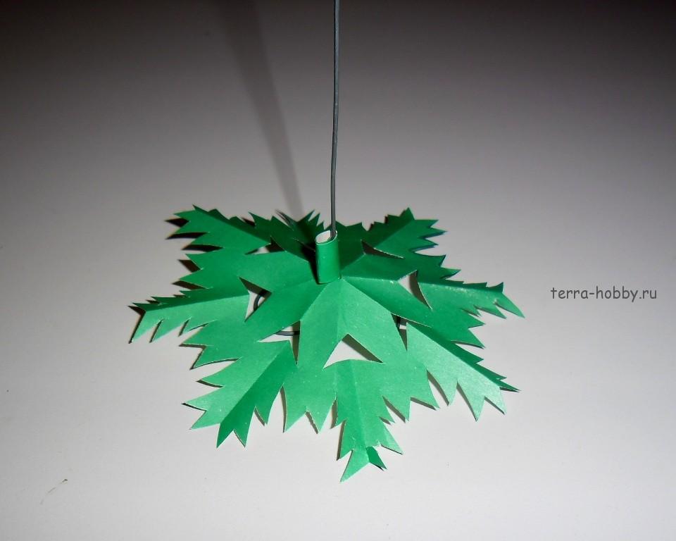 Снежинка для елки из бумаги