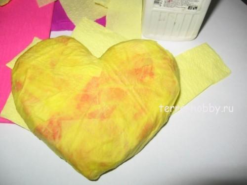 сердце из папье-маше