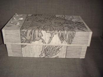 Миниатюра к статье Как сделать шкатулку из коробки легко и быстро