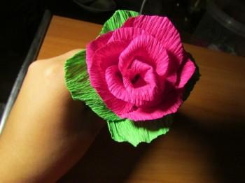 Миниатюра к статье Цветок роза из гофрированной бумаги, мастер-класс
