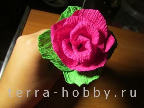 роза из бумаги 1