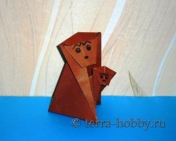 Миниатюра к статье Обезьяна с детенышем в технике оригами