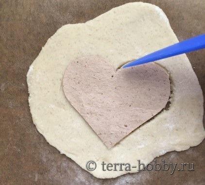 сердечко из соленого теста 2