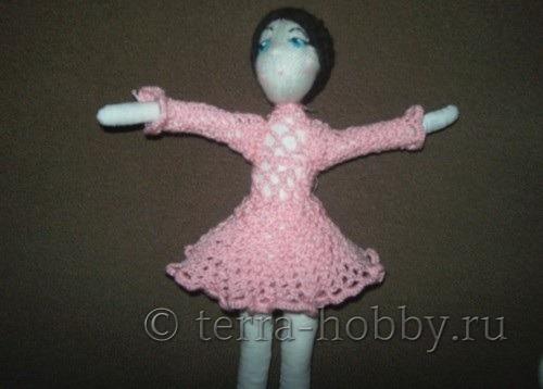 вяжем юбку кукле