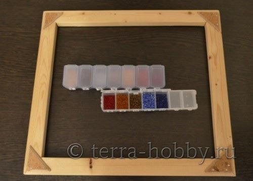 рамка для вышивки и бисер