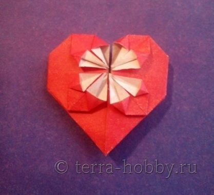 сердечко оригами из бумаги