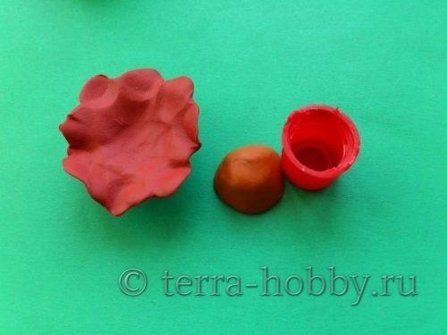 подставка для яйца из пластилина
