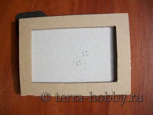 вырезать рамку из картона