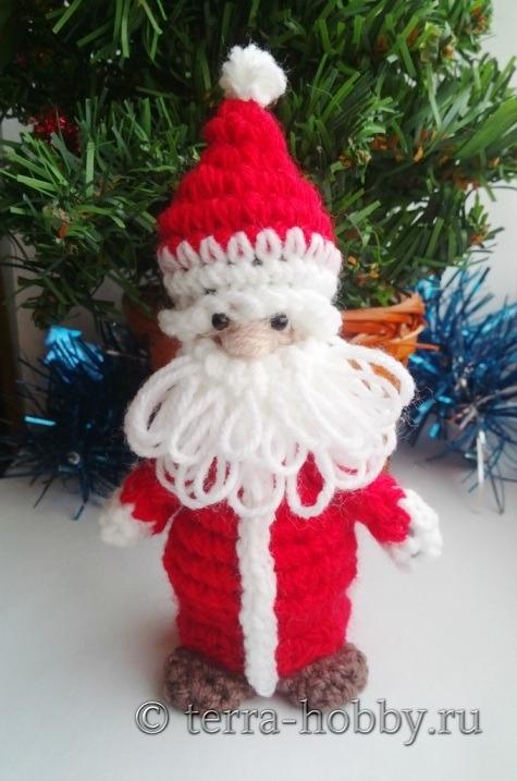 связать Деда Мороза крючком