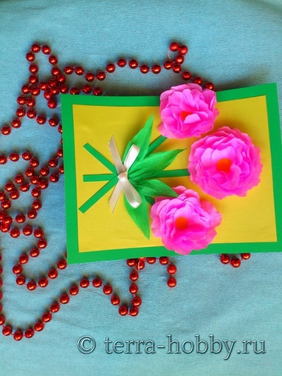 Объемная открытка с розами из бумаги