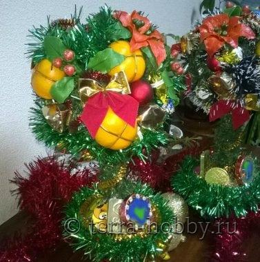 новогодний топиарий с мандаринами