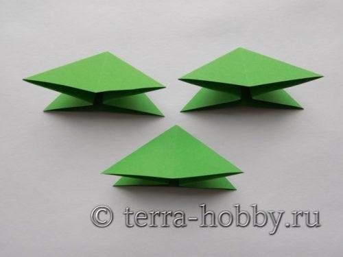 три заготовки елки из бумаги
