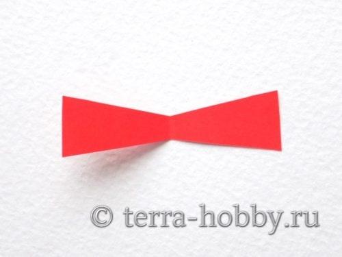 вырезать из красной бумаги галстук бабочку