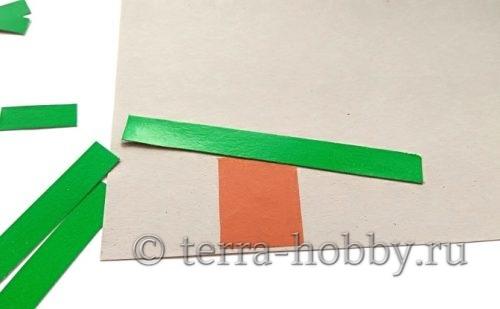 приклеить полоски бумаги