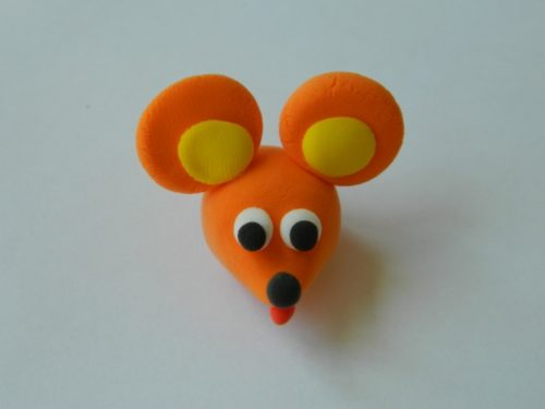 голова мыши из пластилина