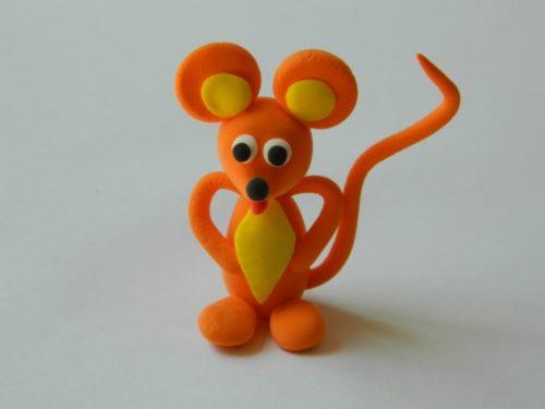 Мышонок из пластилина своими руками