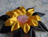 Миниатюра к статье Цветок канзаши из узких лент мастер-класс