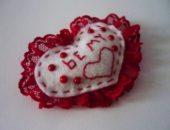 Миниатюра к статье Сердце из фетра или валентинка своими руками