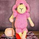 Миниатюра к статье Вязаная овечка Глаша своими руками