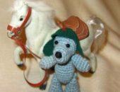 Миниатюра к статье Вязаный мишка-красноармеец в шитой будёновке
