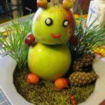 Миниатюра к статье Поделки с детьми: мишка из яблок