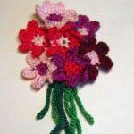 Миниатюра к статье Вяжем букет цветов крючком